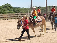 Excursions and Special Events - Giant City Stables & Horse back riding